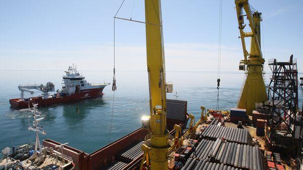 Строительство морского участка газопровода в акватории Черного моря. - Sputnik Latvija