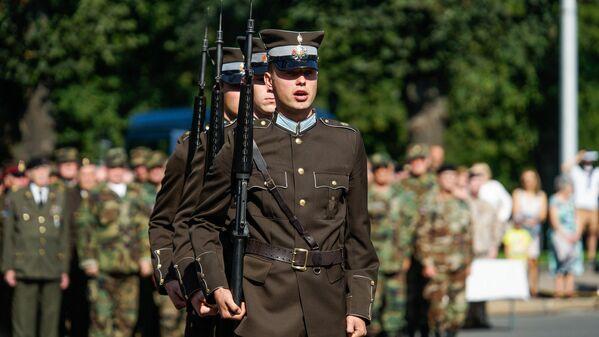 Солдаты роты почётного караула Штабного батальона - Sputnik Латвия