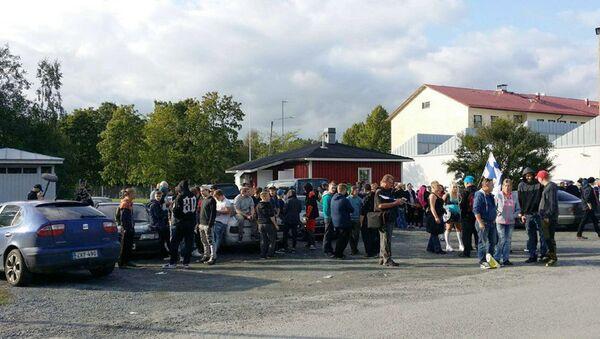 Somu pilsētā Forssa protestētāji pieprasīja atbrīvot pilsētu no bēgļiem - Sputnik Latvija