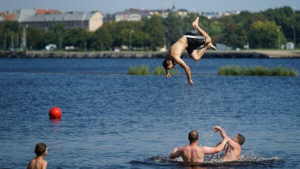 Общественный пляж на Кипсале - Sputnik Латвия