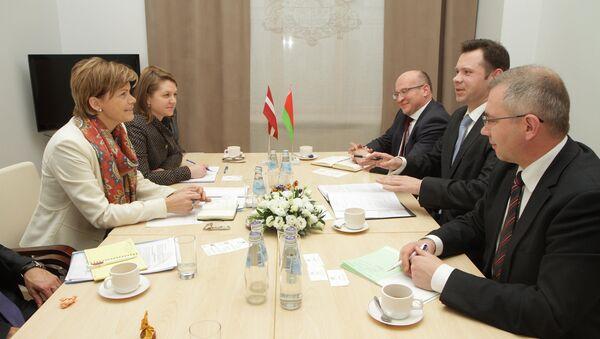 Встреча представителей Латвии и Белоруссии - Sputnik Латвия
