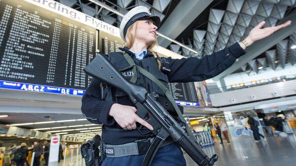 Полиция Франкфурта - Sputnik Латвия