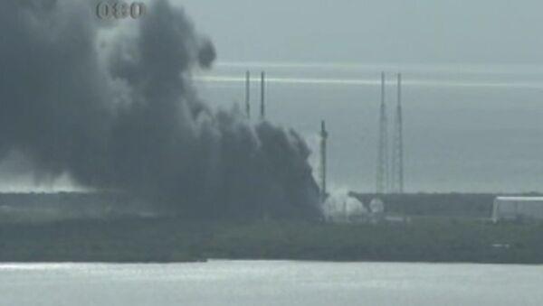 Starta laukumā ASV uzsprāgusi raķete Falcon 9 - Sputnik Latvija