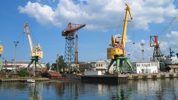 Грузовой порт в Риге - Sputnik Latvija
