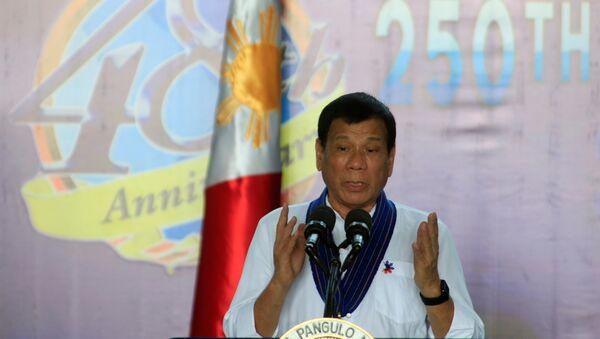 Filipīnu prezidents Rodrigo Duterte - Sputnik Latvija