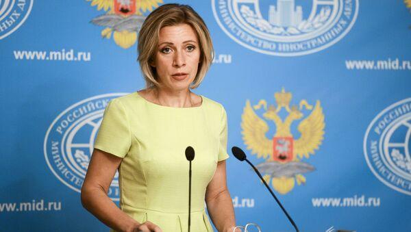 Официальный представитель Министерства иностранных дел РФ Мария Захарова во время брифинга по текущим вопросам внешней политики - Sputnik Латвия