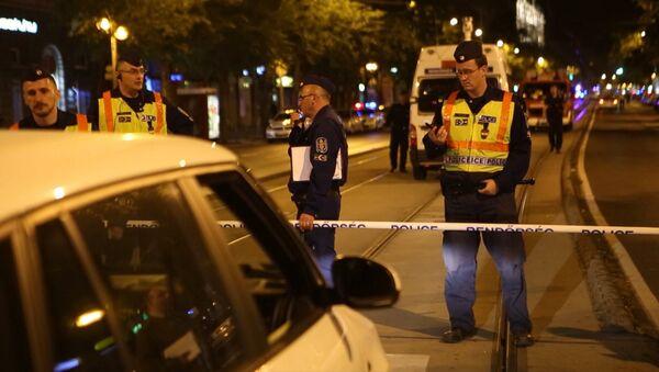 Полицейские оцепили место взрыва в Будапеште - Sputnik Латвия