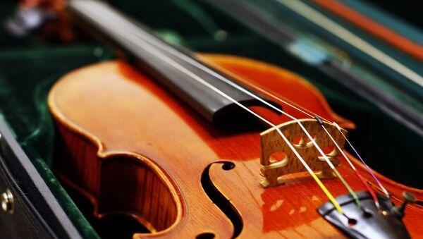 Скрипка - Sputnik Латвия