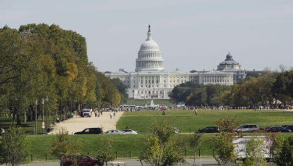 Вид на Капитолий в Вашингтоне - Sputnik Latvija