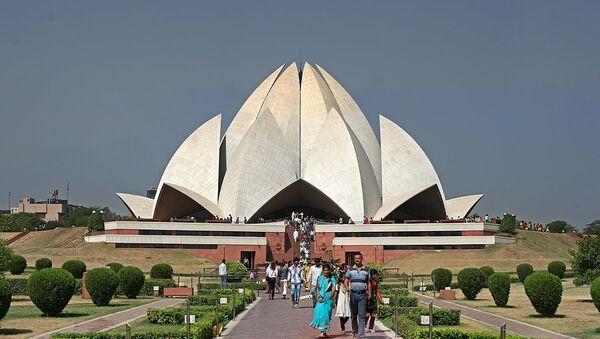 Храм Лотоса (Нью-Дели, Индия, архитектор Фариборз Сахба) - Sputnik Латвия