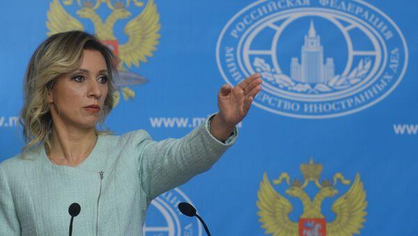 Брифинг официального представителя МИД России Марии Захаровой - Sputnik Latvija