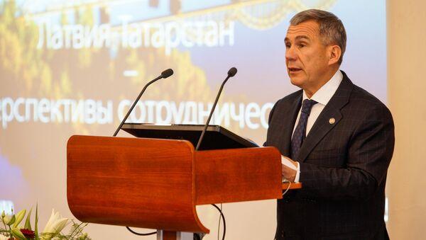 Визит президента Республики Татарстан Рустама Минниханова в Ригу - Sputnik Латвия