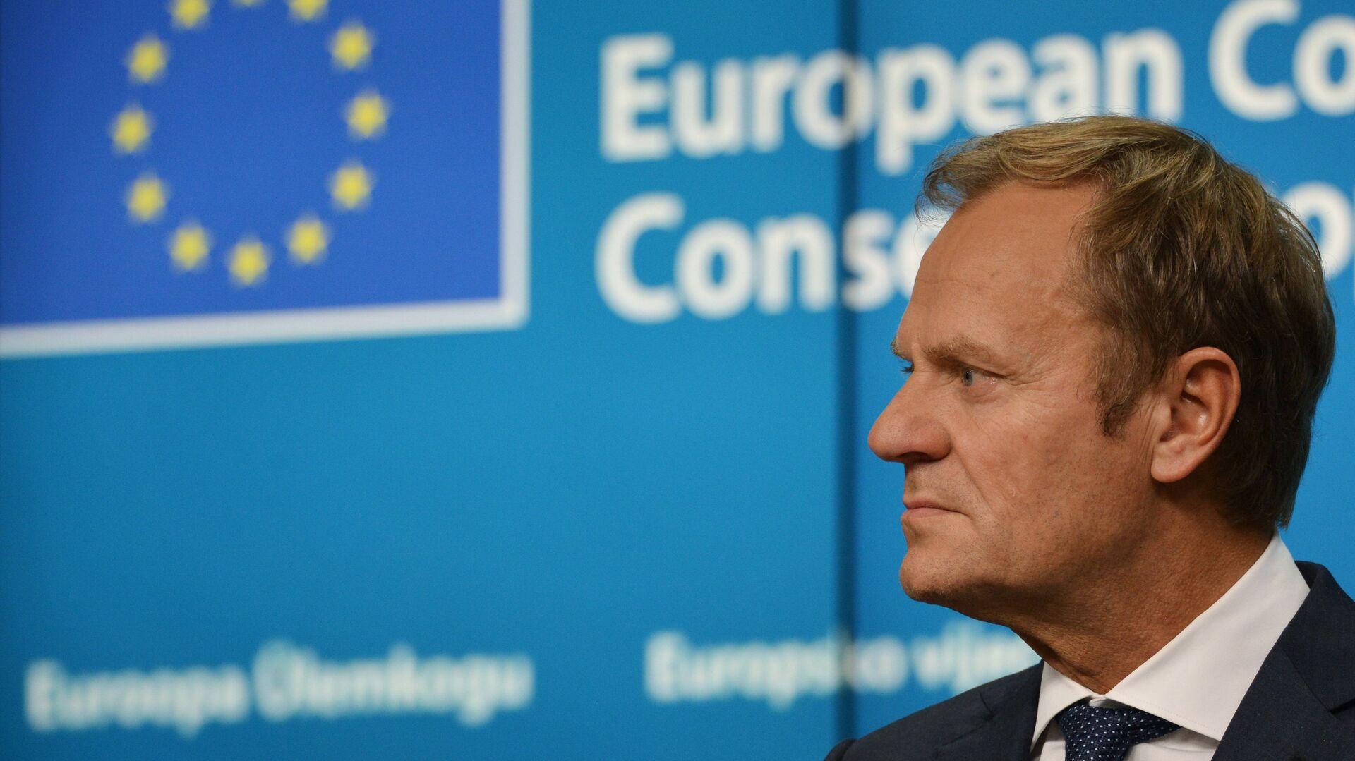 Председатель Европейского совета Дональд Туск на саммите Европейского Союза в Брюсселе - Sputnik Латвия, 1920, 18.07.2021