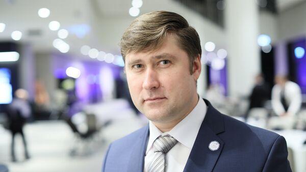 Глава  профсоюза железнодорожников Эстонии Олег Чубаров - Sputnik Латвия