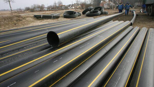 Укладка сетевого газопровода низкого давления в поселке Покровское Калининградской области - Sputnik Латвия