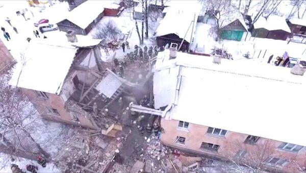 Взрыв газа в жилом доме в Иваново: разбор завалов и эвакуация пострадавших - Sputnik Латвия
