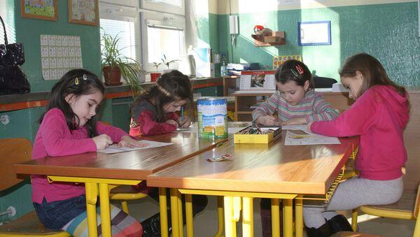 Рисование в школе - Sputnik Latvija