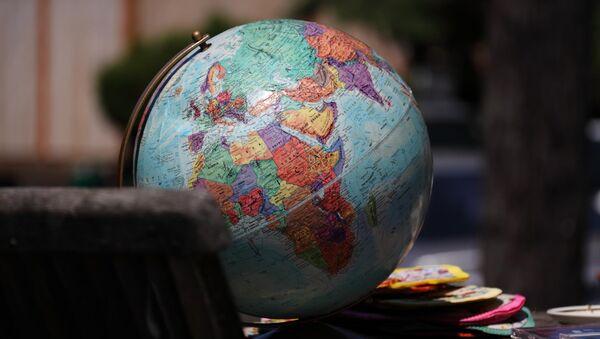 Глобус - Sputnik Latvija