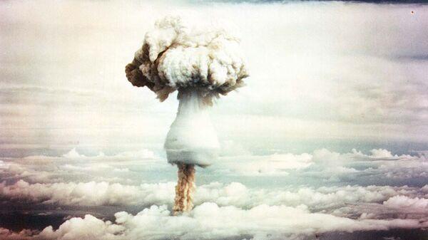 Испытания ядерного оружия - Sputnik Latvija