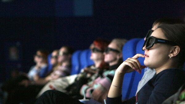 Зрители в кинозале - Sputnik Latvija