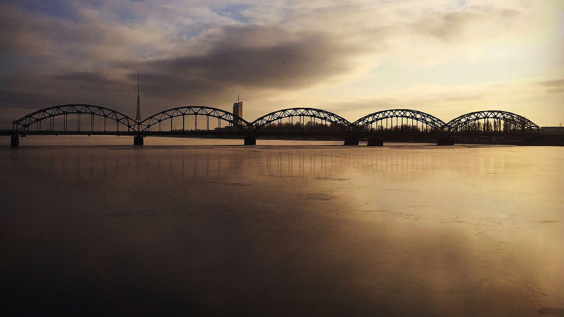 Рижский железнодорожный мост - Sputnik Латвия, 1920, 19.09.2021