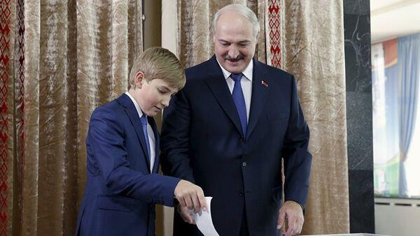 Лукашенко о соцсетях - Sputnik Латвия