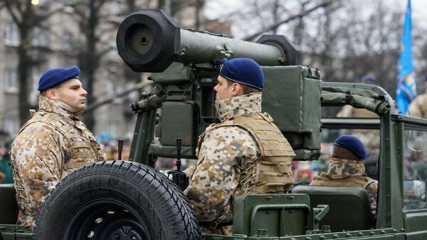 Военный парад посвящённый 98-й годовщины провозглашения Латвийской Республики - Sputnik Латвия