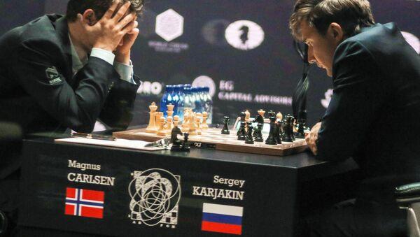 Матч за звание чемпиона мира 2016. М.Карлсен и С.Карякин - Sputnik Латвия