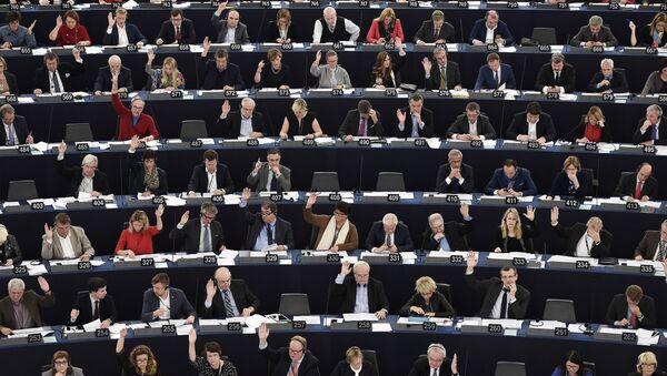 Члены ЕП на сессии в Страсбурге - Sputnik Латвия