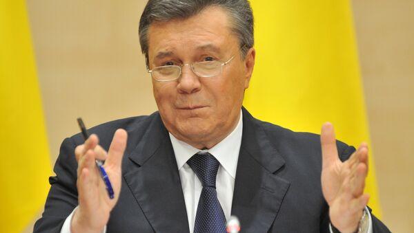 Отстраненный от должности президента Украины Виктор Янукович - Sputnik Латвия