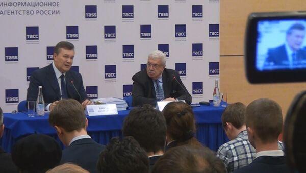 Янукович: Я бы не смог подписать приказ о силовом разгоне Майдана - Sputnik Латвия