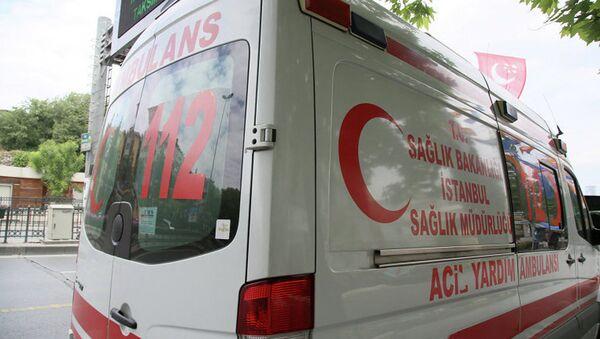 Скорая помощь на улице Станбула - Sputnik Латвия