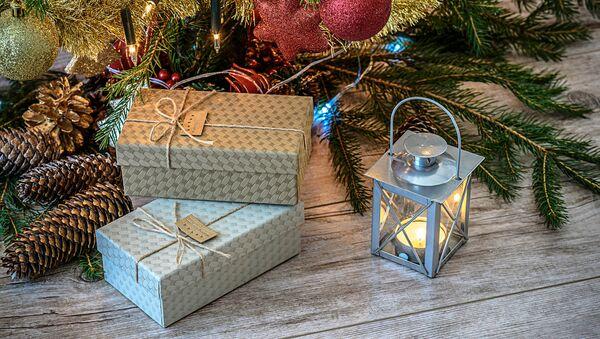 Новогодние подарки - Sputnik Латвия