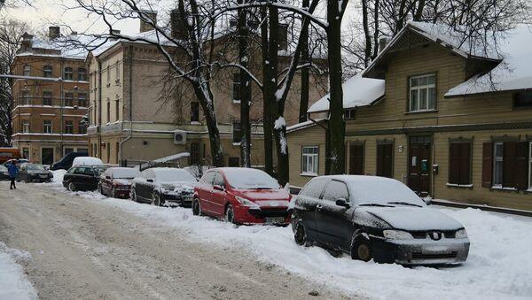 Зимняя дорога в Риге - Sputnik Латвия