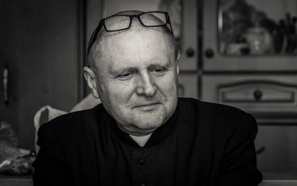 Tēvs Antonijs Badura. Polis, Svētās Dievmātes Dzimšanas draudzes mācītājs, Ačinska - Sputnik Latvija