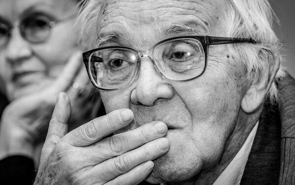 Iļja Vojevodins. Krasnojarskas Pedagoģiskā institūta Reliģijas zinātnes katedras docents - Sputnik Latvija