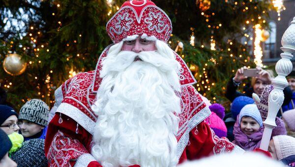 Дед Мороз из Великого Устюга - Sputnik Латвия