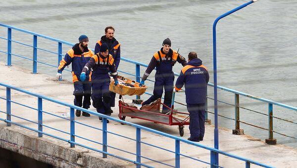 Поисково-спасательные работы на месте крушения самолёта Ту-154 Минобороны РФ в Сочи - Sputnik Латвия