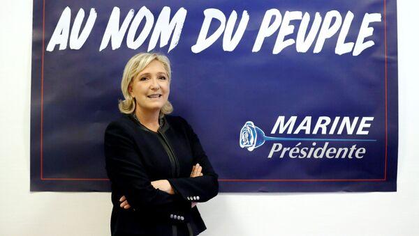 Francijas partijas Nacionālā frone līdere Marina Lepēna - Sputnik Latvija