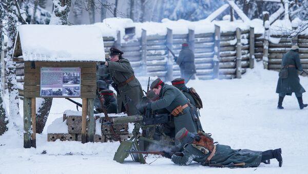 Юбилейная реконструкция рождественских боев в Латвии - Sputnik Латвия