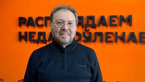 Блогер и интернет-журналист Сергей Перепелица - Sputnik Латвия