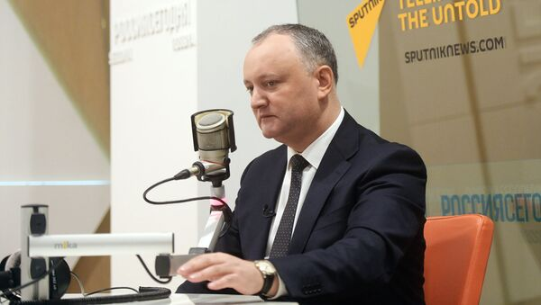 Президент Молдовы Игорь Додон дал эксклюзивное интервью Дмитрия Киселеву - Sputnik Latvija