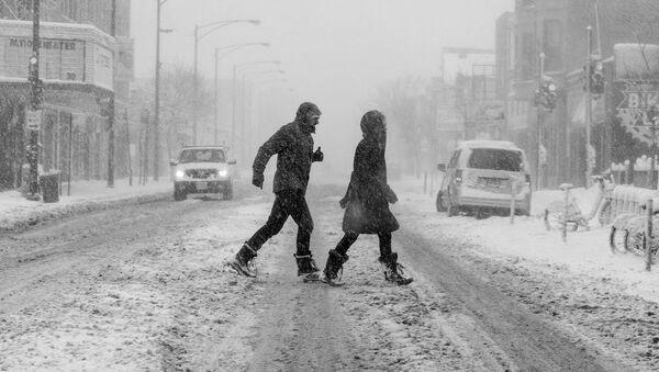 Люди на улице - Sputnik Латвия