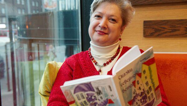 Писательница Ксения Тодинг - Sputnik Латвия