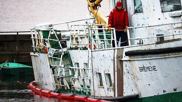 Avāriju cietušais kuģītis Bremene - Sputnik Latvija