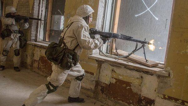 Внеочередные учебные сборы вооруженных сил Эстонии, архивное фото - Sputnik Латвия