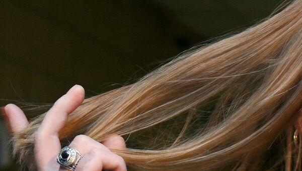 Рука с волосами - Sputnik Латвия
