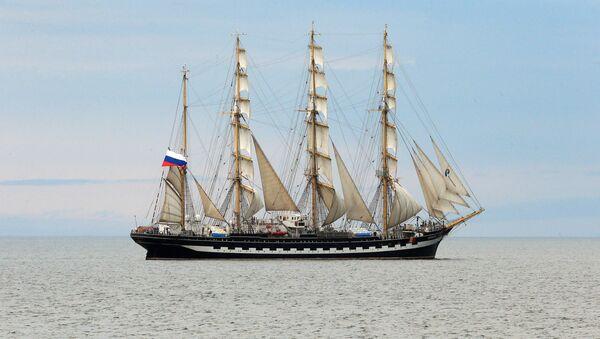Барк Крузенштерн на Балтийском море - Sputnik Латвия