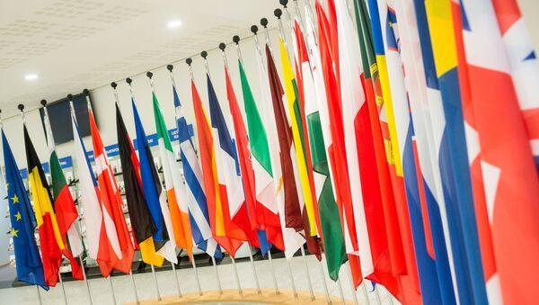 Флаги стран участников Евросоюза - Sputnik Латвия