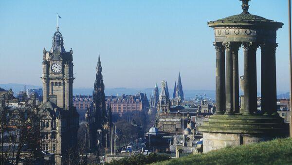 Столица Шотландии, город Эдинбург - Sputnik Latvija